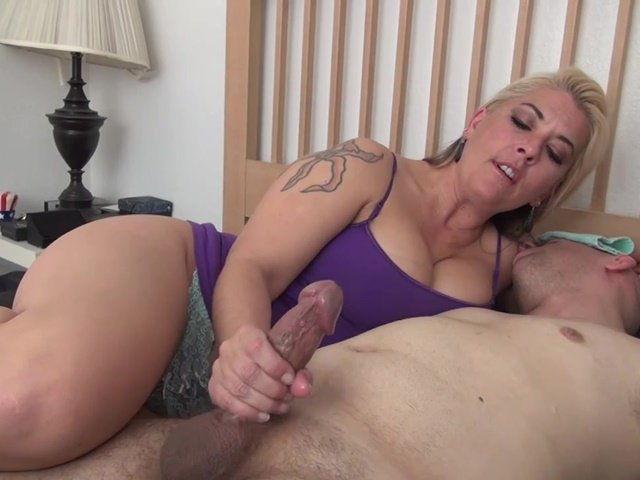 Огромный член в hd порно онлайн